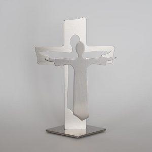 Standkreuz mit Jesus davor